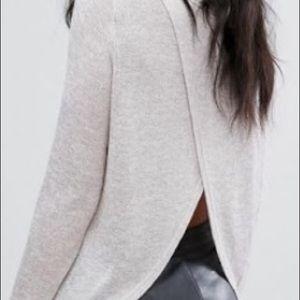 Vero Moda Open Back Light Knit Sweater